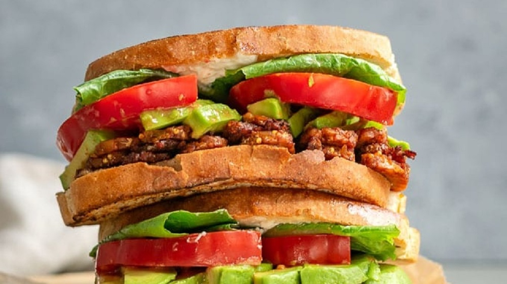 7 Ways to Make BLTs Without the Bacon