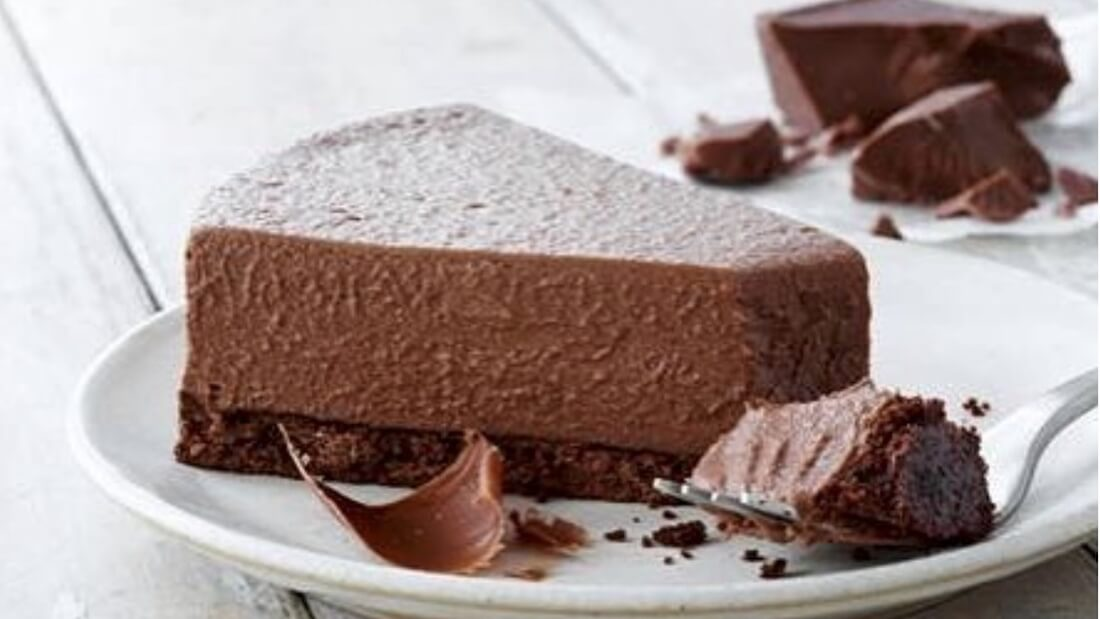 chocolate cheesecake Cropped