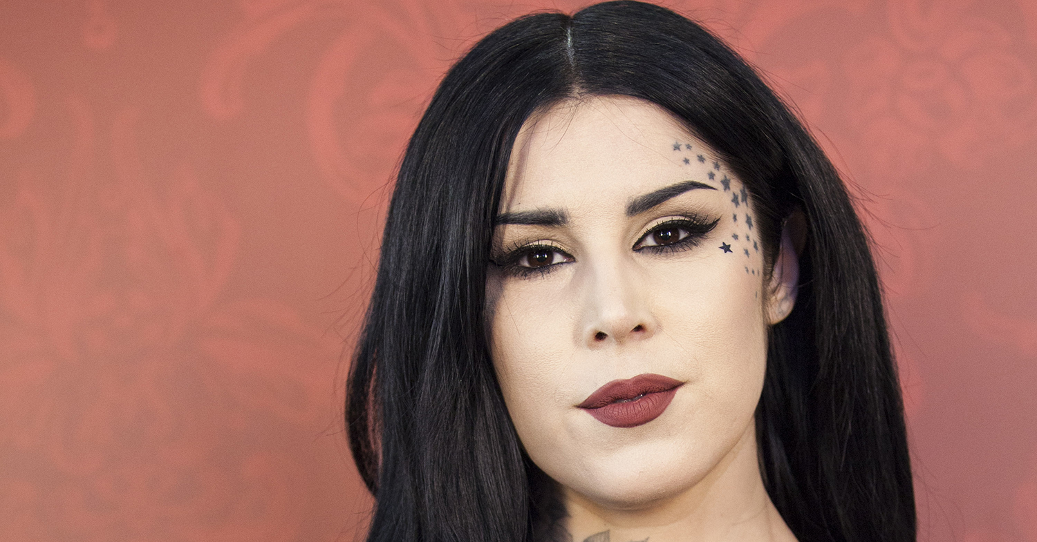 Vegan Celeb Kat Von D Ditches Doctor for a Midwife, Saying 'This is My Body'