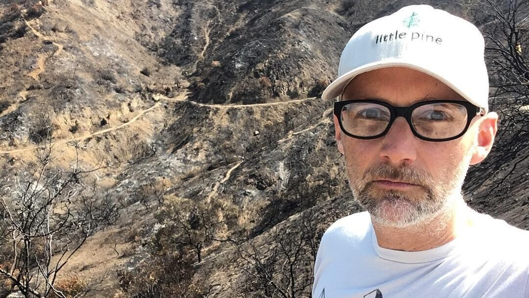Vegan Musician Moby to Sell $1,300,000 House, Donating Profits to Help Farmed Animals