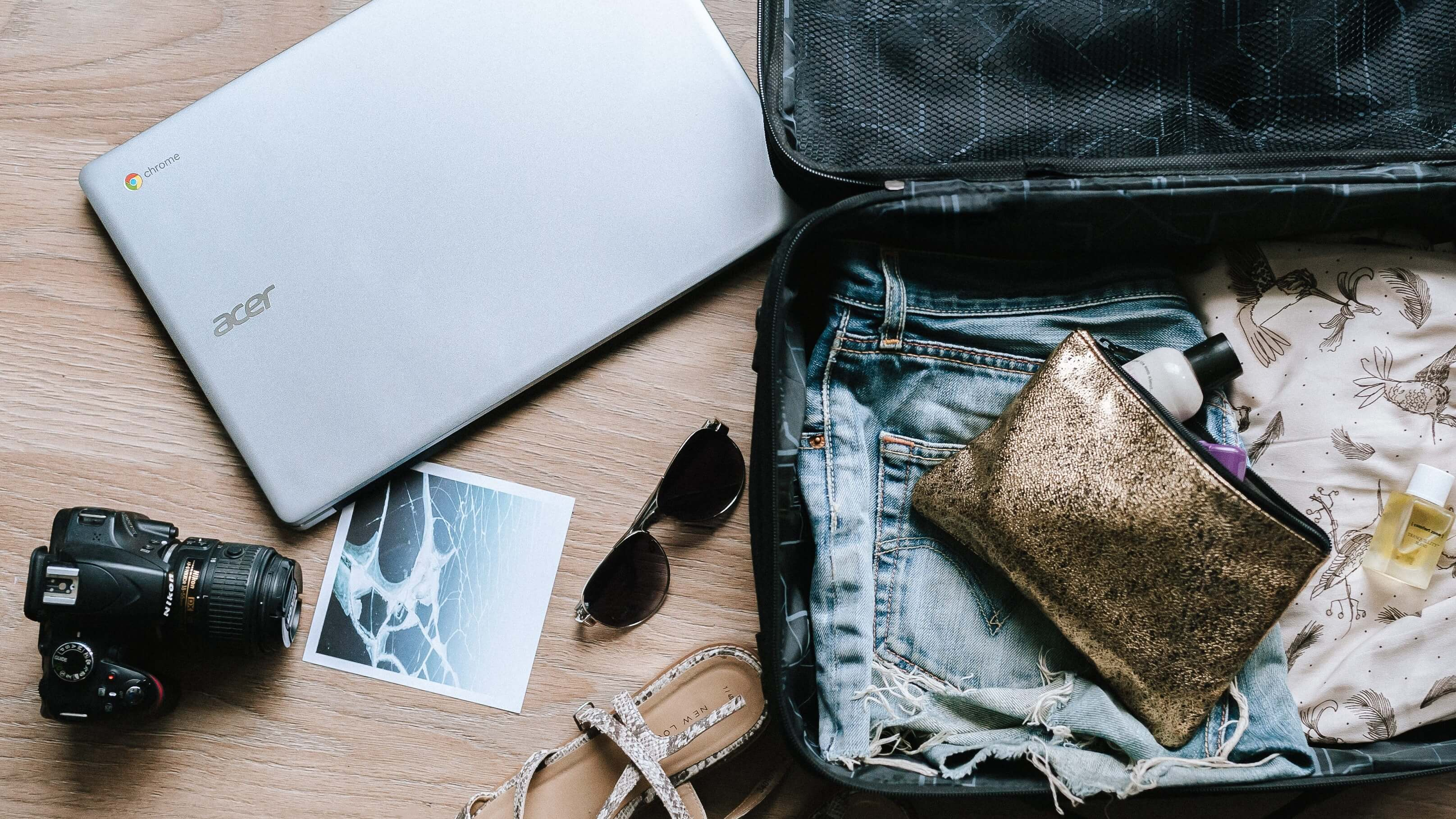 7 Vegan Carry-On Luggage Travel Essentials for Your Next Vacation