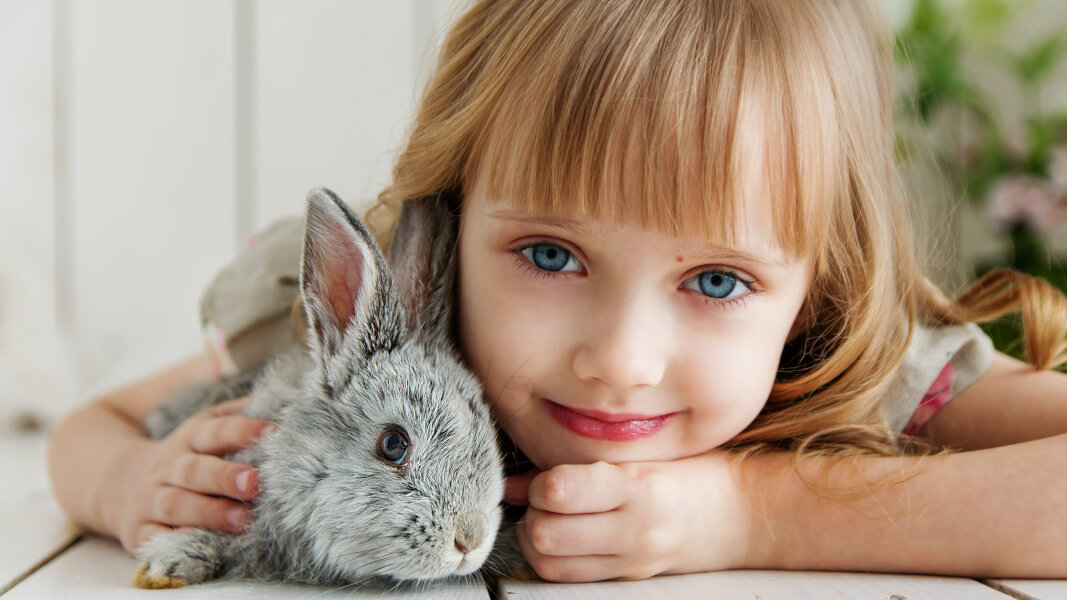Children Raised With Pets Less Likely to Develop Hay Fever, Eczema, and Asthma, Says New Study