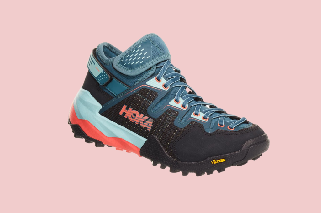 The Beginner's Guide to the Best Hiking Gear for Summer